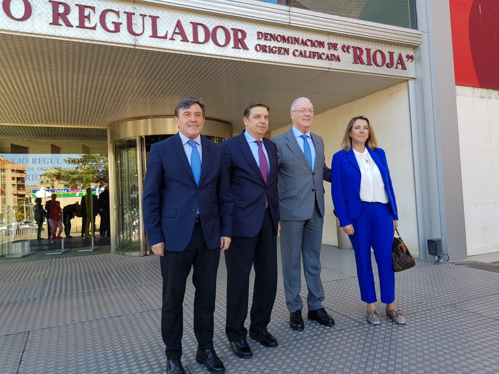 Luis Planas visita Consejo Regulador DO Rioja 2